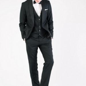 Мужской костюм тройка черный.